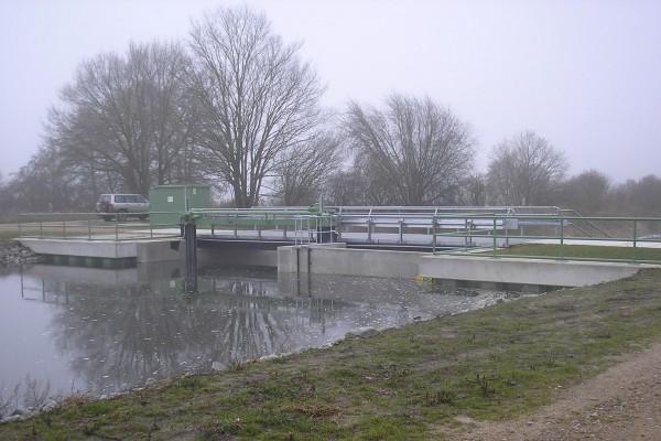 Neubau des Wehres IV im Rhinkanal